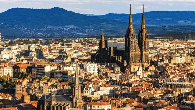 City trip naar het hart van het historische centrum van Clermont-Ferrand (vanaf 2 nachten)