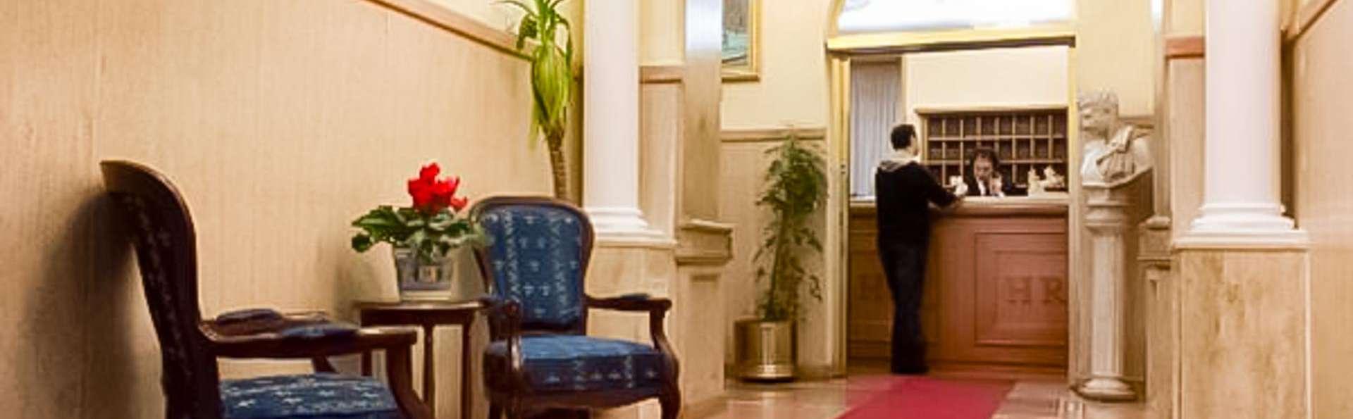 Hotel Rimini - EDIT_LOBBY_01.jpg
