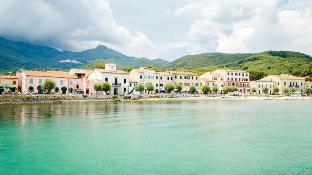 Escapada a la costa de Toscana en un hotel junto al mar
