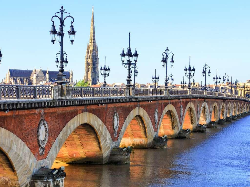 Séjour Gironde - Vous pensiez qu'il n'y avait que le vin? Attendez de voir la majestueuse ville de Bordeaux!  - 3*