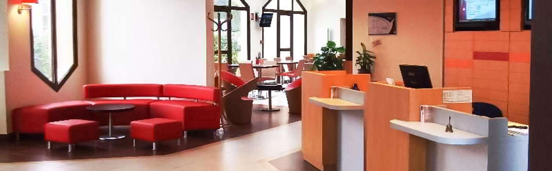 Hôtel Ibis Saint Lo La Chevalerie - EDIT_LOBBY_01.jpg