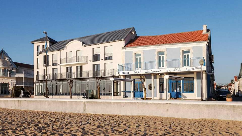 Clarion Collection Hotel Les Flots Chatelaillon Plage - EDIT_FRONT_01.jpg