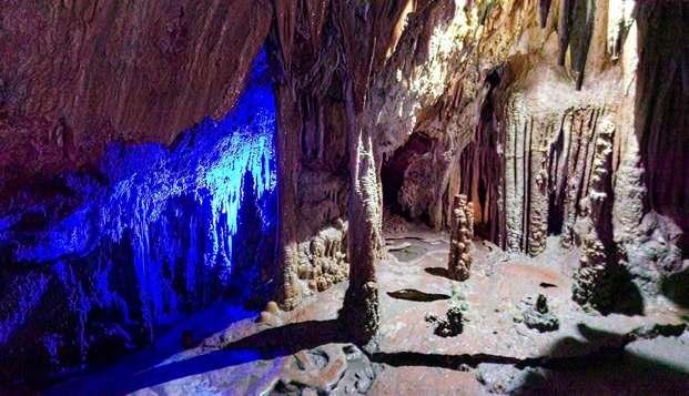 Escapada en Palma de Mallorca con visita a las Cuevas de Génova