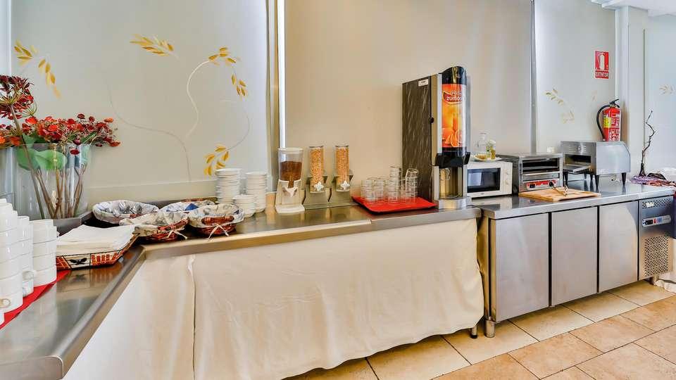 Hospedium Santana Hotel Restaurante - EDIT_BREAKFAST_02.jpg