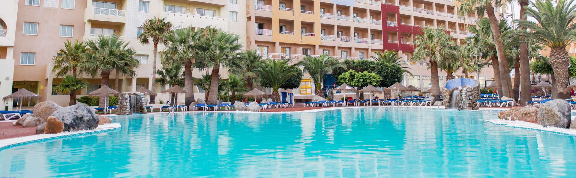 Ohtels Fenix Family - EDIT_N2_POOL_03.jpg