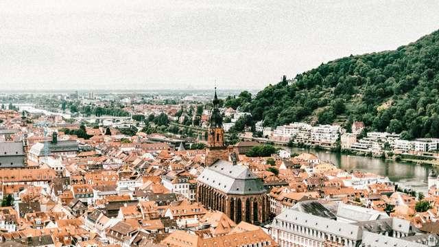 Partez à l'aventure dans la ville poétique d'Heidelberg, célèbre pour son château