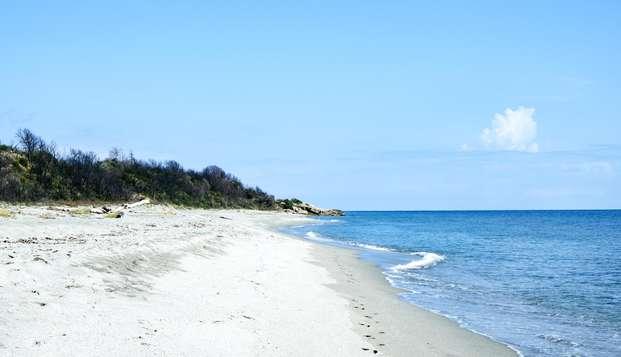 À deux minutes des plages Corses, même les plus fainéants s'y aventureront!