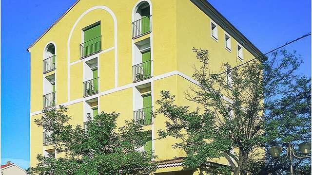 Adonis Aleria Hotel L Atrachjata