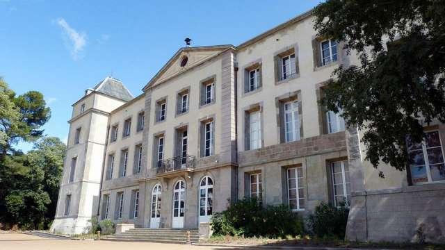 Adonis chateau la Redorte by Olydea