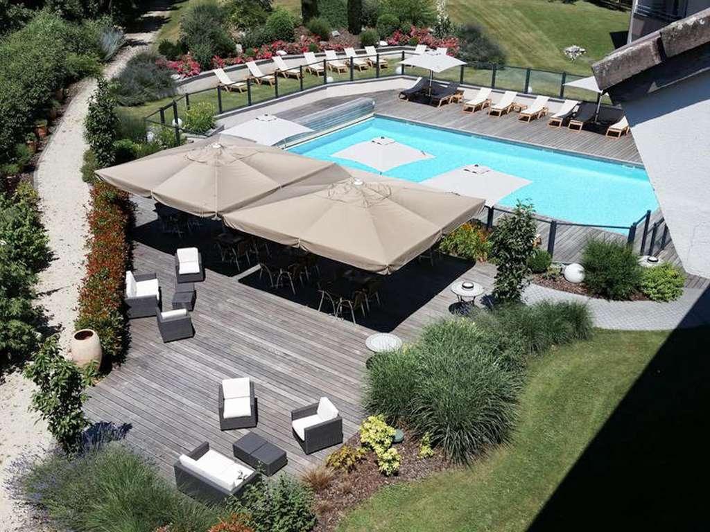 Séjour Rhône-Alpes - Détendez-vous! Vous allez à Génève, au calme et avec une jolie piscine!  - 4*