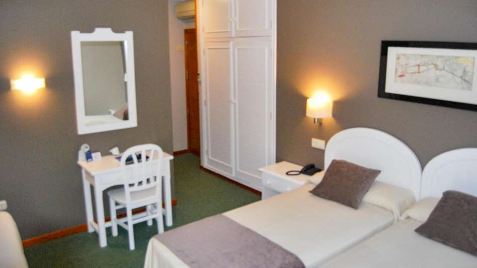 Hotel Spa Bosque-mar - EDIT_N2_ROOM_01.jpg