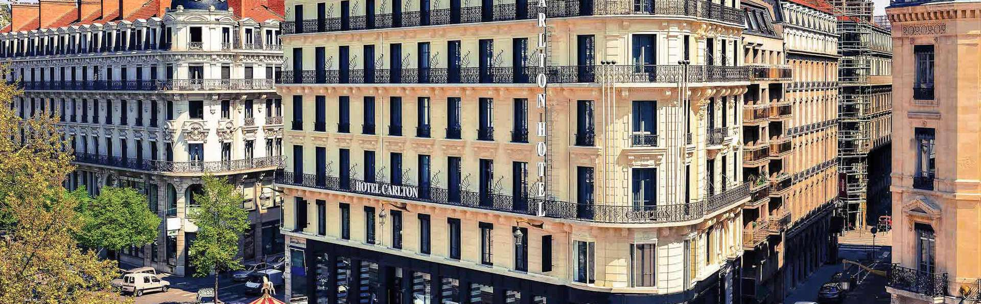Hotel Carlton Lyon - EDIT_FRONT_01.jpg