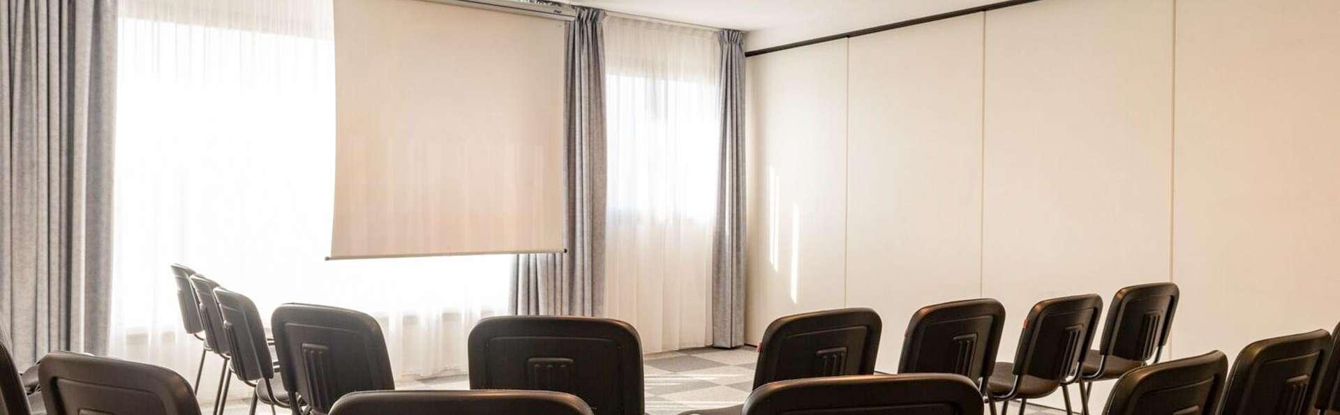 Hotel The Originals Bernay Acropole - EDIT_NEW_MEETING_01.jpg