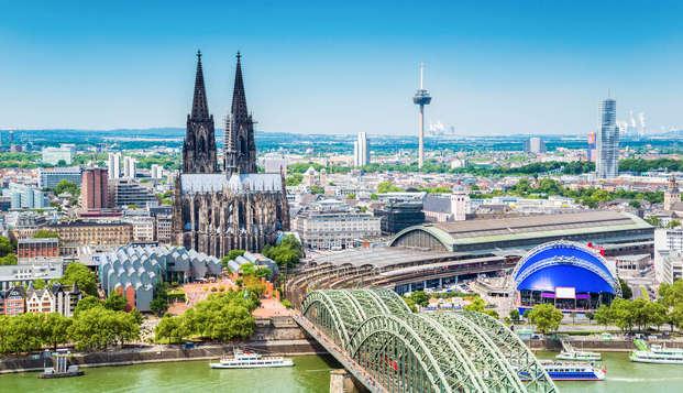 Wandel door de historische straatjes van Köln