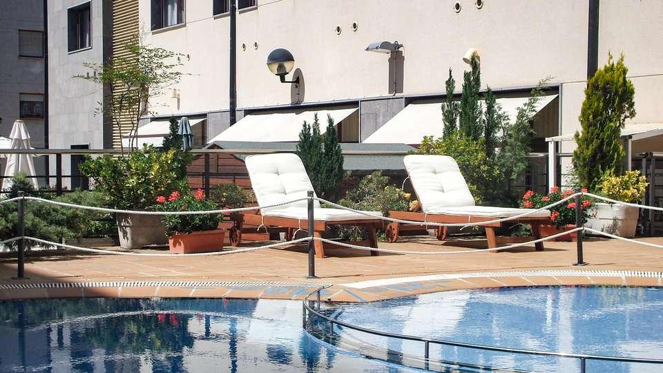 Hotel & Spa Real Jaca - EDIT_NEW_POOL_02.jpg