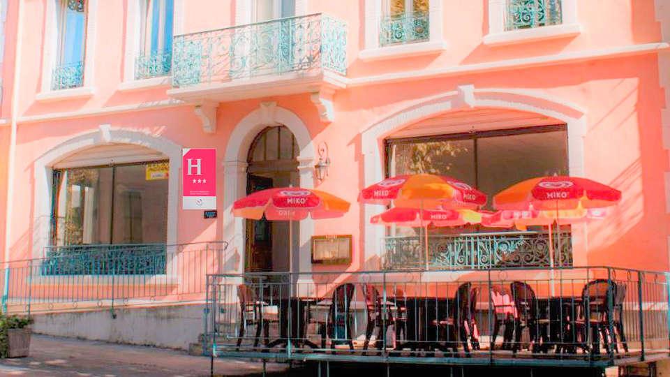 Hôtel de France Chalabre - EDIT_Facade_3_etoiles_01.jpg
