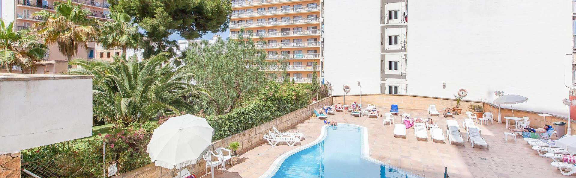 Blue Sea Arenal Towers (Adults Only) - EDIT_POOL_03.jpg