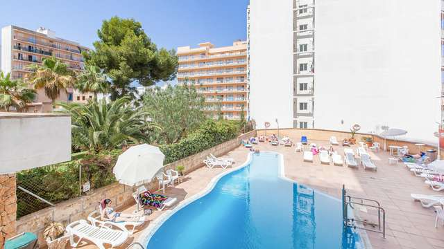 Blue Sea Arenal Towers Adults Only