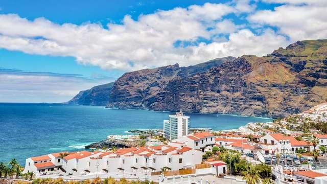 Vacaciones en familia con Todo Incluido en Puerto de Santiago