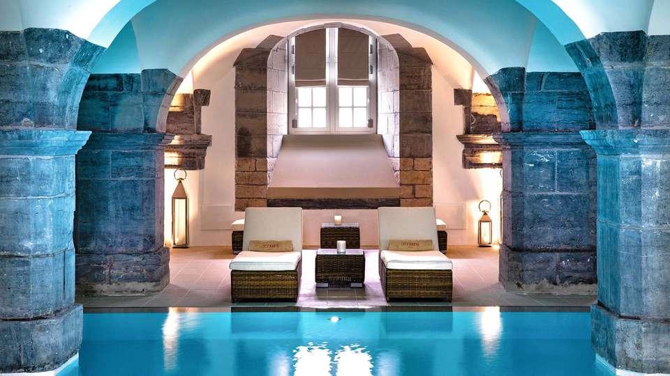 Royal Hainaut Spa & Resort Hotel - EDIT_Piscine_Spa_Royal_Hainaut_MD__01.jpg