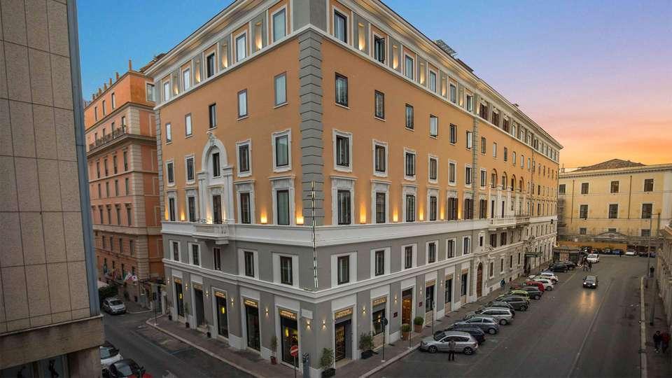 Welcome Piram Hotel - EDIT_facciata_01.jpg