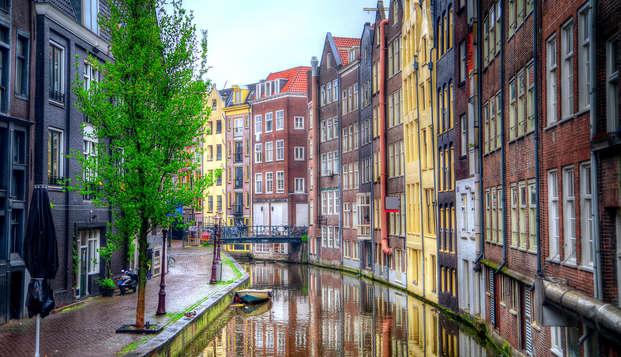 In Amsterdam een verse haring scoren en in de spa ontspannen