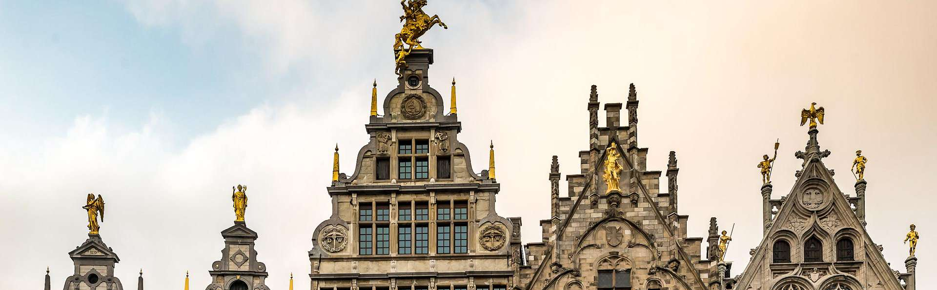 Découvrez Anvers et profitez d'une bouteille de cava