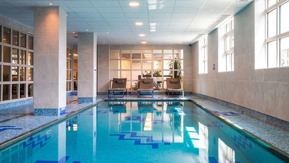 Radisson Blu Astrid Hotel - EDIT_Radisson_Blu_Astrid_Antwerp_-_Swimmingpool_01.jpg