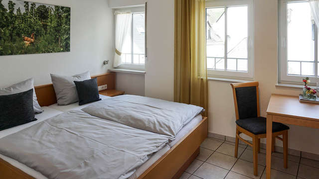 3 noches en habitación doble estándar para 2 adultos