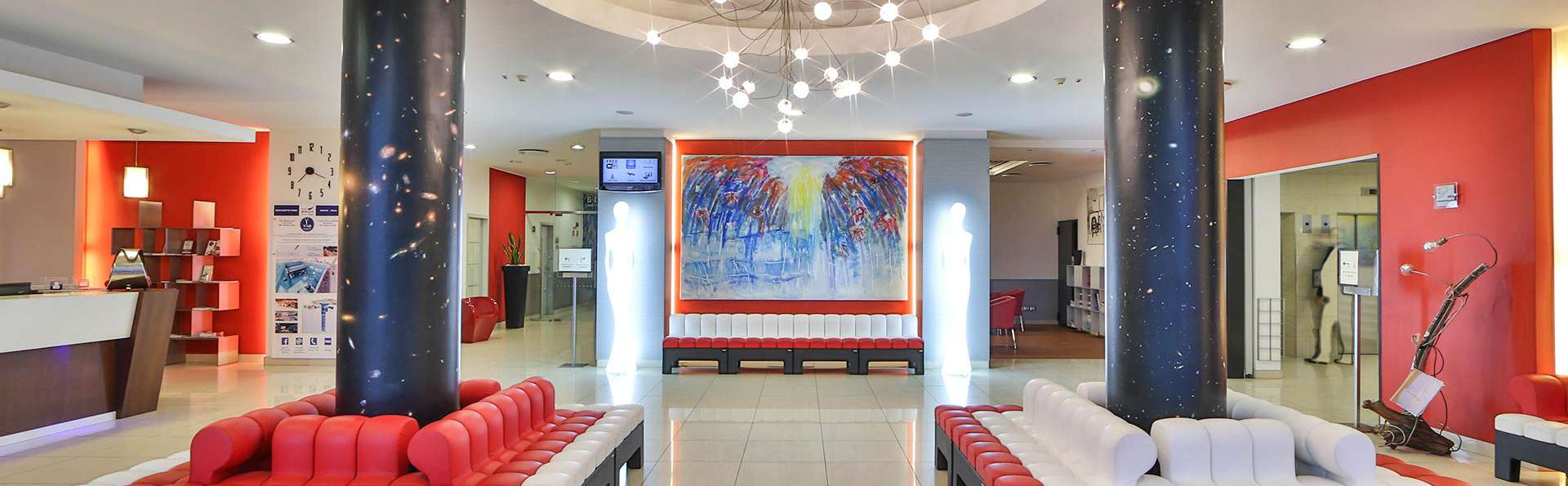Best Western Plus Hotel Galileo Padova - EDIT_LOBBY_01.jpg