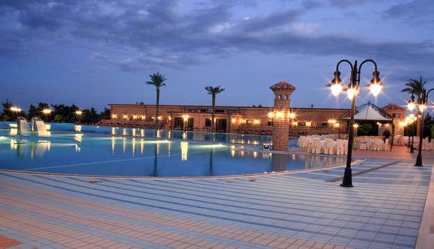 Disfruta en Foggia de la Suite Deluxe de un lujoso resort 5*