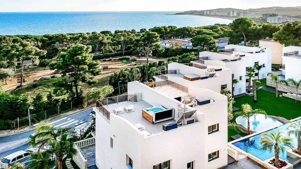 Calma Holiday Villas - EDIT_calma_06.jpg