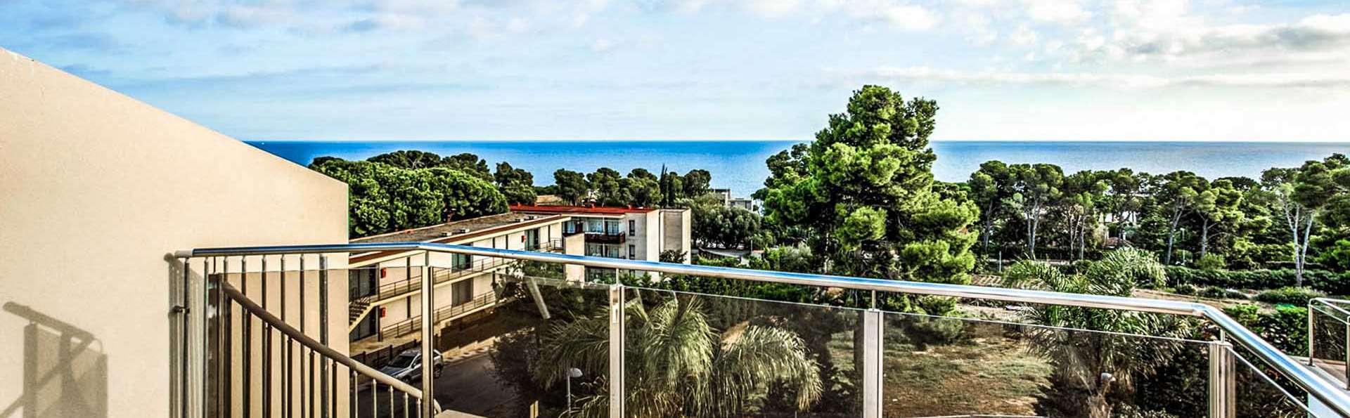 Calma Holiday Villas - EDIT_casa_ext______________04.jpg