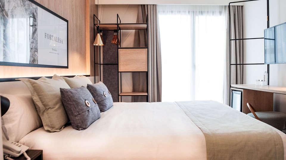 Ars Magna Bleisure Hotel - EDIT_Som_ars_magna_doublesplenditroom_03.jpg