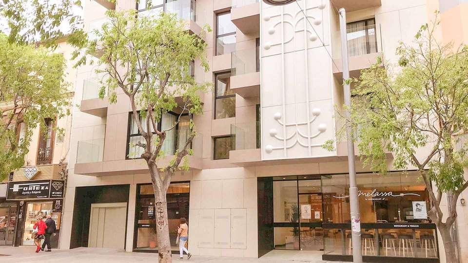 Ars Magna Bleisure Hotel - EDIT_Somarsmagna-facade_02.jpg