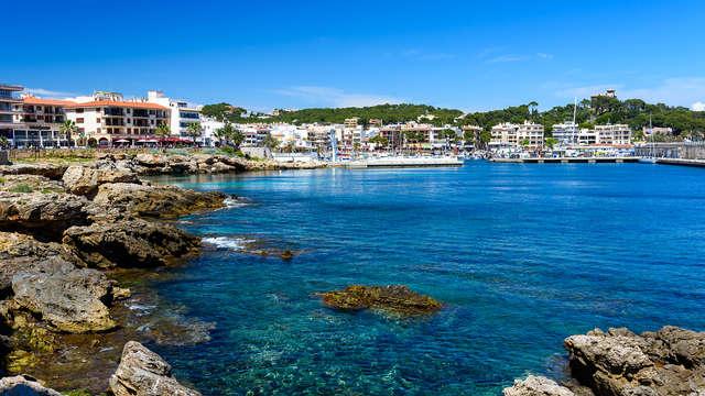 Evasión en el corazón de Palma de Mallorca con desayuno incluido