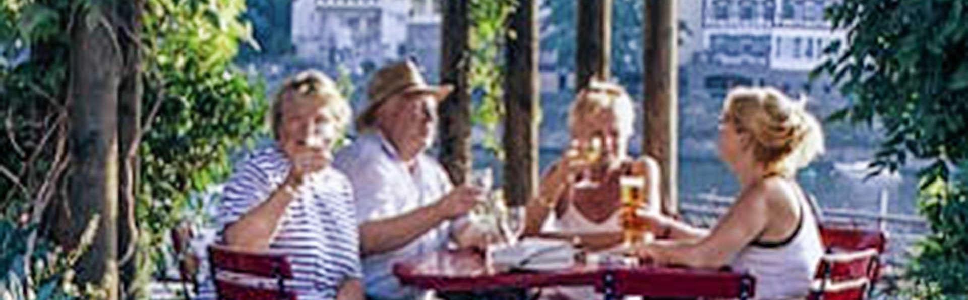 Moselstern**** Hotel Brixiade & Triton - EDIT_Biergarten_Burgsicht_Brixiade_klein_01.jpg