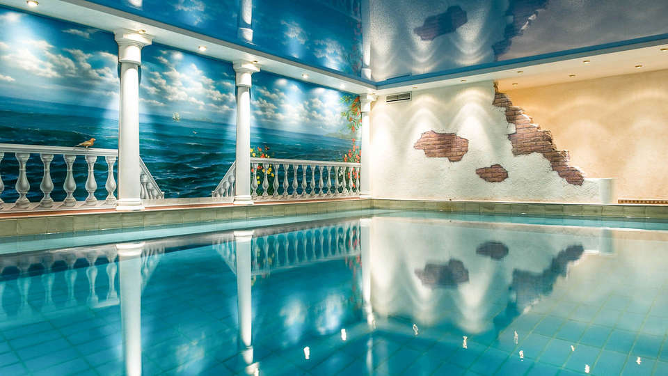 Moselstern**** Hotel Brixiade & Triton - EDIT_Pool_01.jpg