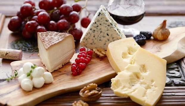 Escapada en media pensión en un palacio extremeño con visita a quesería y degustación de quesos