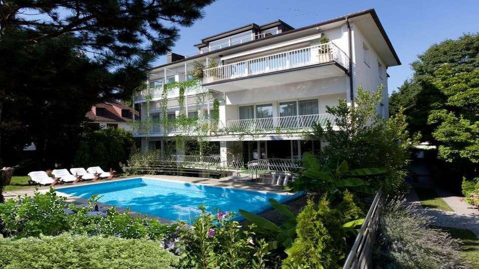 Garrigae Villa La Florangerie - EDIT_ext_piscine_2.jpg