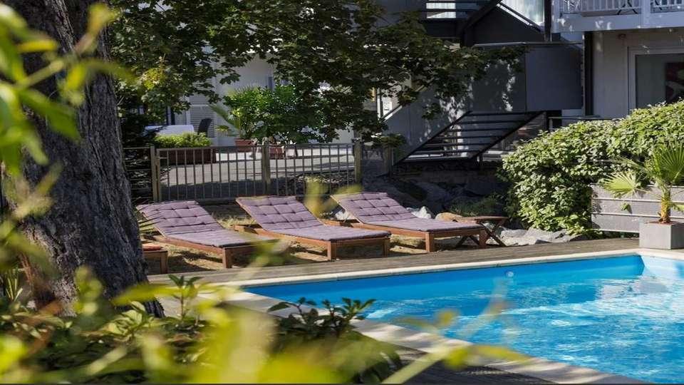 Garrigae Villa La Florangerie - EDIT_ext_piscine_4.jpg