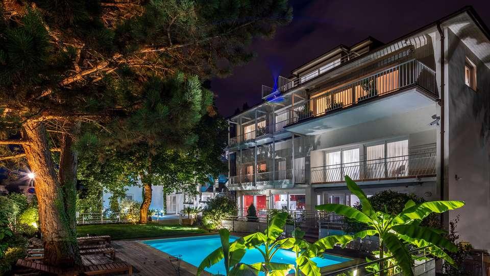 Garrigae Villa La Florangerie - EDIT_ext_piscine.jpg