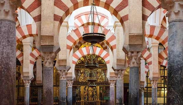 Escapada cultural, alójate en pleno Barrio de la Judería de Córdoba y visita la Mezquita