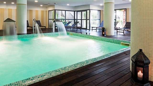 ¡Especial Rebajas en media pensión con acceso al Spa en un Resort en la naturaleza del Rompido!