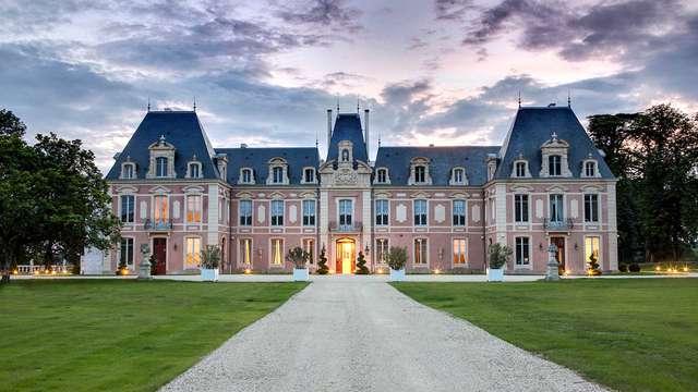 Expérience unique dans un château 5 étoiles près du Marais Poitevin