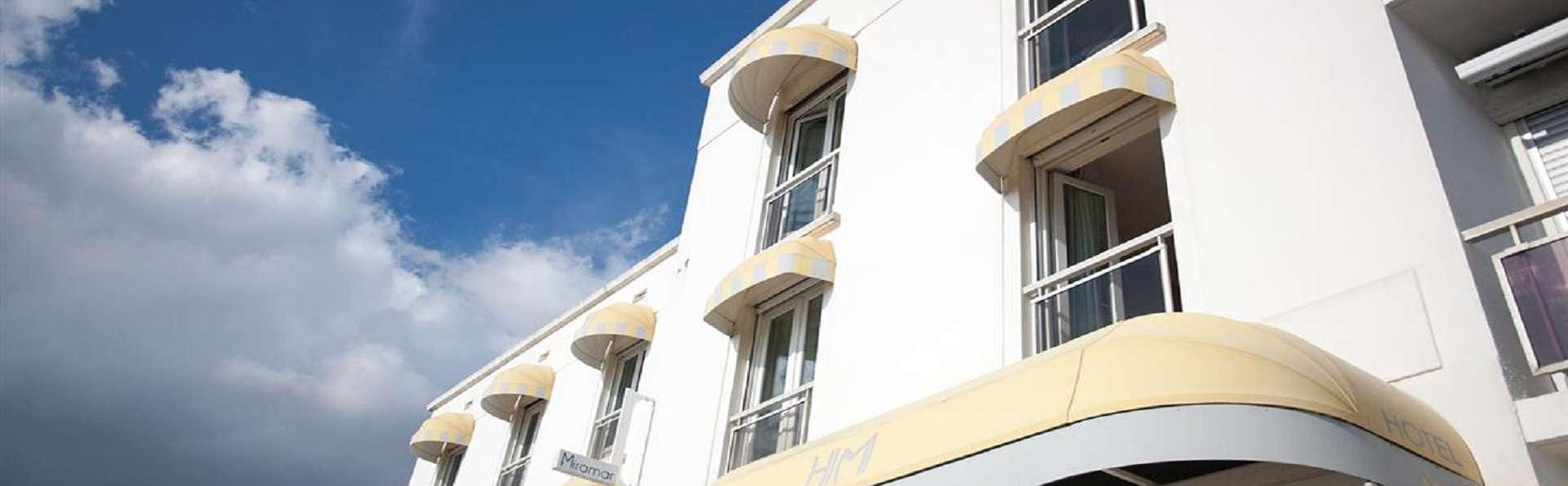 The Originals Boutique, Hôtel Miramar, Royan (Inter-Hotel) - EDIT_Facade.jpg