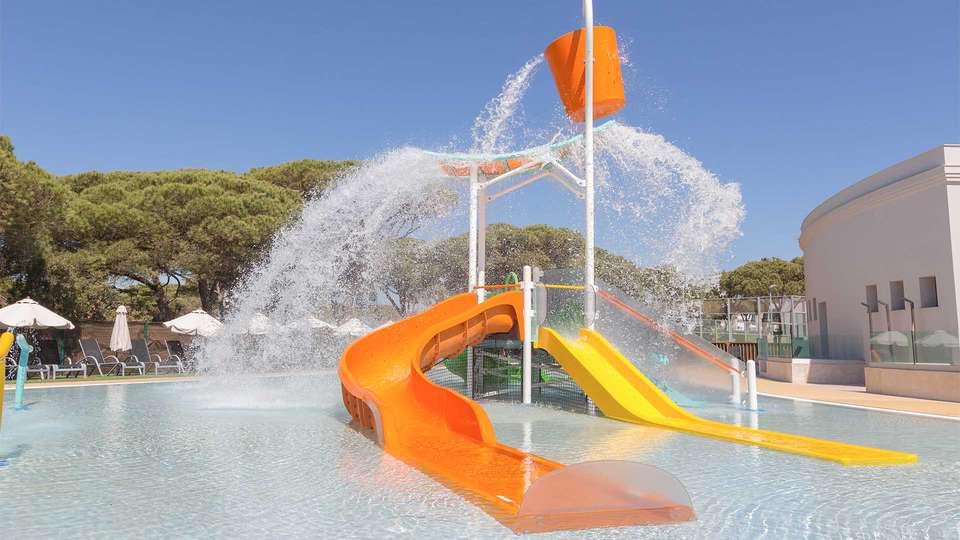 Hipotels Barrosa Park - EDIT_Hipotels_Barrosa_Park_splash_pool_01.jpg
