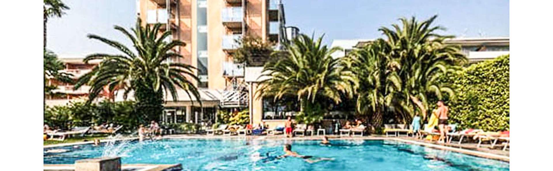 Hotel Mirage - EDIT_FRONT_01.jpg