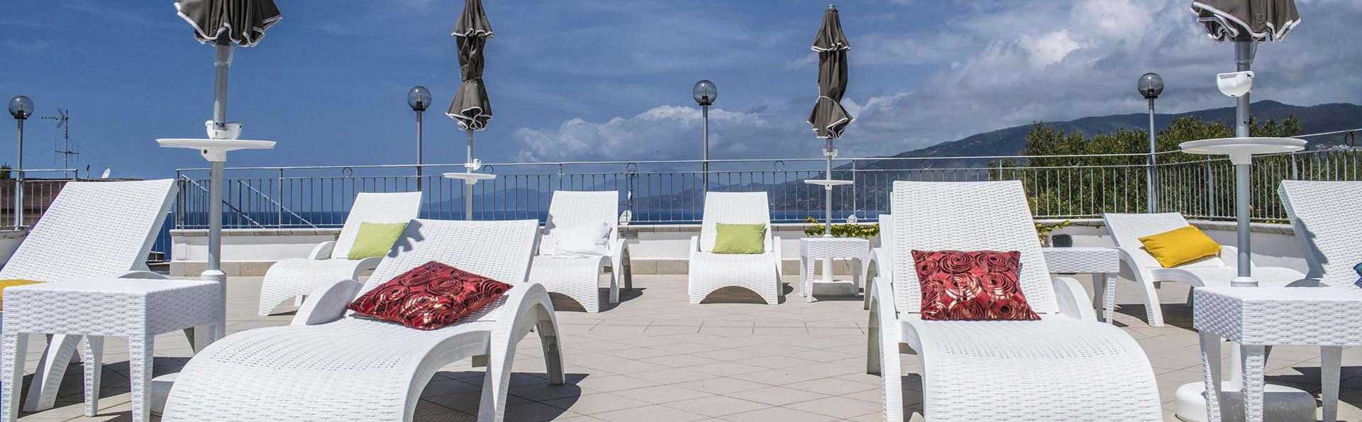 Hotel Baia - EDIT_HM-solarium_01.jpg