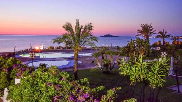 Isola delle Femmine: notte in elegante hotel 4* sul mare
